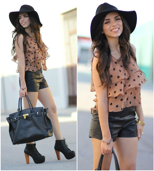 polka dots summer tops